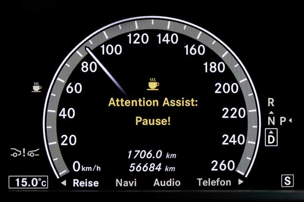 System Attention Assist Mercedesa /