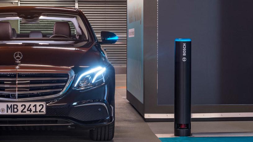 System autonomicznego parkowania /INTERIA.PL/informacje prasowe