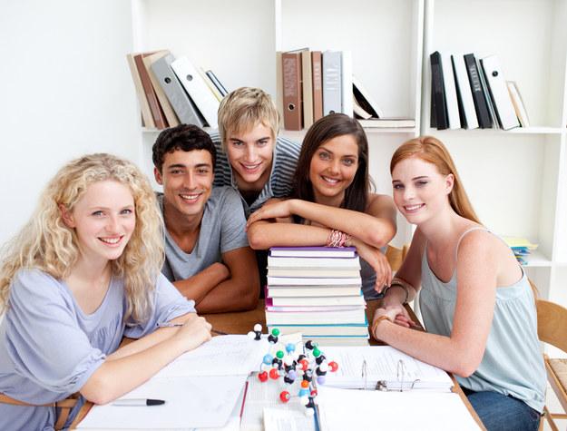 Sytuacja na rynku pracy młodych jest trudna /© Panthermedia