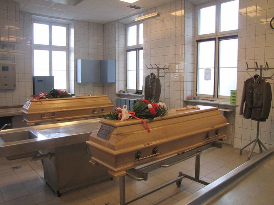 Szczątki oficerów zostaną pochowane w Polsce  /Maciej Grzyb /RMF FM