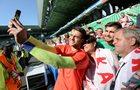 Szczęśliwi kibice powitali piłkarzy w La Baule