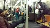 Szczur wbiegł do wagonu metra i się zaczęło