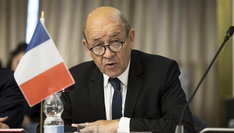 Szef francuskiej dyplomacji Jean-Yves Le Drian /MASSIMO PERCOSSI /PAP/EPA