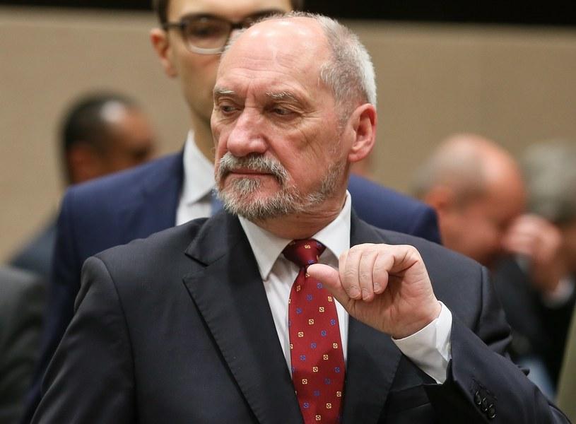 Szef MON Antoni Macierewicz /STEPHANIE LECOCQ  /PAP/EPA