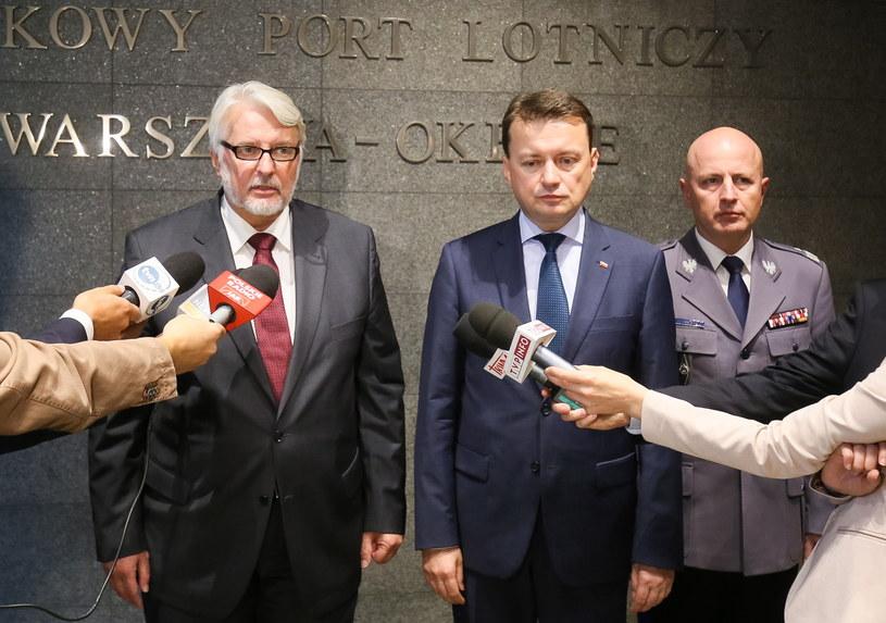 Szef MSZ i szef MSWiA udają się z pilną wizytą do Londynu /Paweł Supernak /PAP