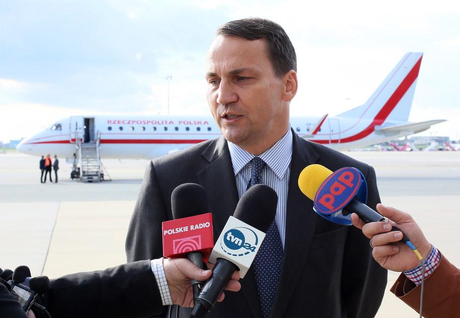 Szef MSZ Radosław Sikorski /Leszek Szymańki /PAP