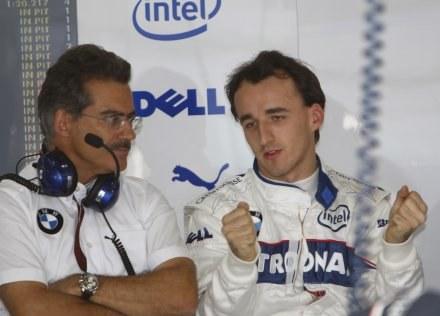 Szef teamu BMW Sauber Mario Theissen jest zadowolony z postawy Roberta Kubicy /AFP