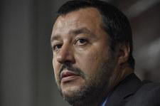 Szef włoskiego MSW: Nie przyjmujemy statków organizacji pozarządowych