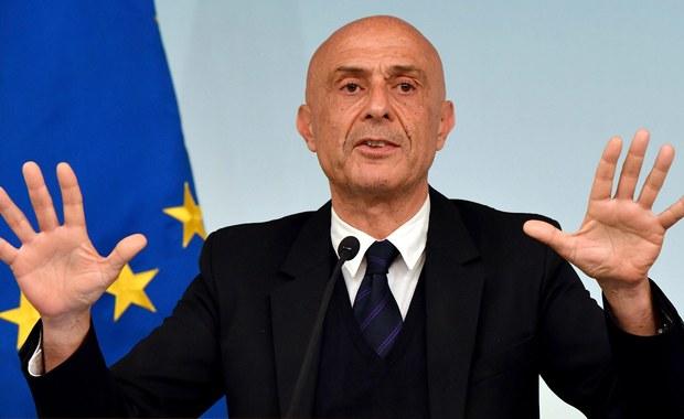 Szef włoskiego MSW: Przyjmowanie imigrantów ma granice