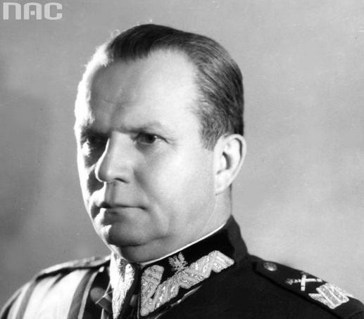 Szefem PKB został minister obrony narodowej Michał Rola-Żymierski /Z archiwum Narodowego Archiwum Cyfrowego