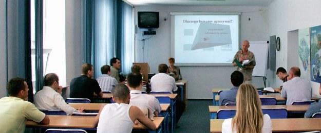 Szkolenie redukujące liczbę punktów karnych /Motor