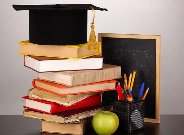 Szóstoklasiści napiszą oficjalny egzamin już 1 kwietnia /123RF/PICSEL