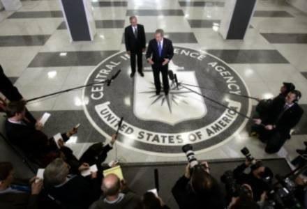 Szpieg prosto z sieci - czyżby tytuł nowego Bonda? /AFP