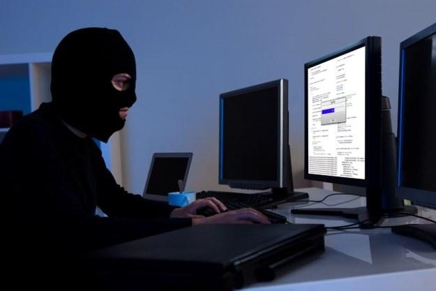 Szpiegów zastępują urządzenia i oprogramowanie /123RF/PICSEL