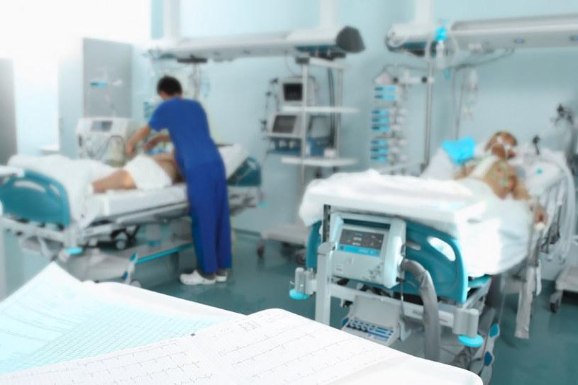 Szpitale są ostatnio bardzo popularnym celem ataków cyberprzestępców /123RF/PICSEL