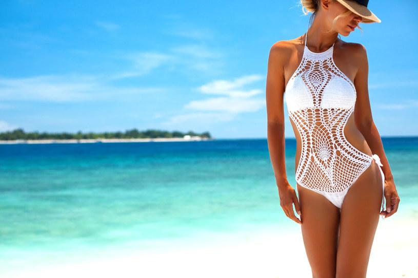 Szukasz kostiumu na lato? W tym roku wybór jest naprawdę duży! /123RF/PICSEL