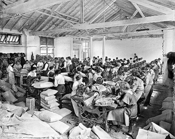 Szwaczki w XIX wieku /The Fiber Archive /