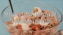 Szybki makaron razowy z tuńczykiem, pomidorami i oliwkami