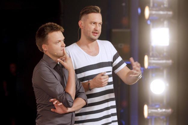 """Szymon Hołownia i Marcin Prokop - prowadzący """"Mam talent"""" /AKPA"""