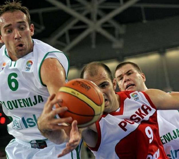 Szymon Szewczyk, koszykarz reprezentacji Polski /AFP