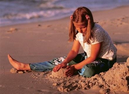 Ta wiedza pozwoli łatwiej zrozumieć chmurną naturę nastolatków /INTERIA.PL
