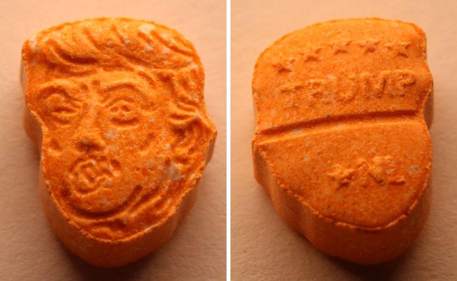 Tabletki ecstasy zostały wyprodukowane w Amsterdamie. Ich czarnorynkowa wartość szacowana jest na 39 tysięcy euro /ANDREAS LEMPER / OSNABRUECK POLICE /PAP/EPA
