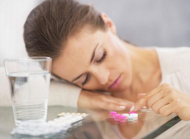 Tabletki przeciwbólowe nie są obojętne dla twojego zdrowia /©123RF/PICSEL