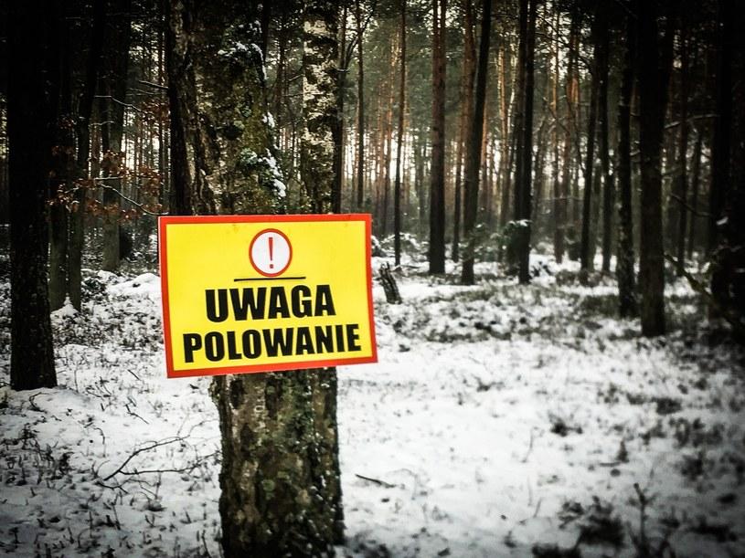 Tablica ostrzegawcza /Jacek Domiński /Reporter