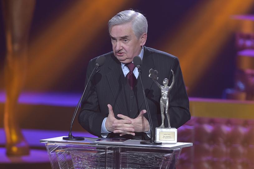 Tadeusz Sznuk z Telekamerą Tele Tygodnia (2016) /AKPA