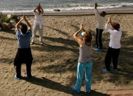 Tai chi to ciąg płynnych ćwiczeń, rodem z Chin, zamkniętych w 108 ruchów układu podstawowego. /AFP