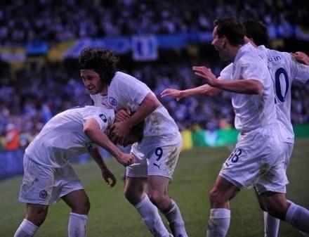 Tak cieszą się strzelcy bramek dla Zenitu Igor Denisow i Fatih Tekke /AFP