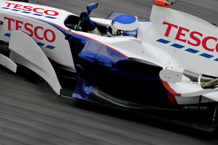 Tak może wyglądać bolid TescoF1 :) /