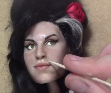 Tak powstaje figurka Amy Winehouse. Artystka zadbała o każdy detal