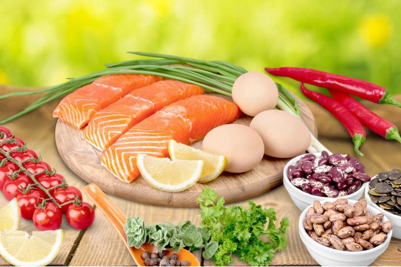 Tak skomponowana dieta skutecznie zapobiega także rozwojowi cukrzycy i miażdżycy /©123RF/PICSEL