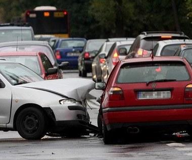 Tak sprawdzisz, czy auto było rozbite!