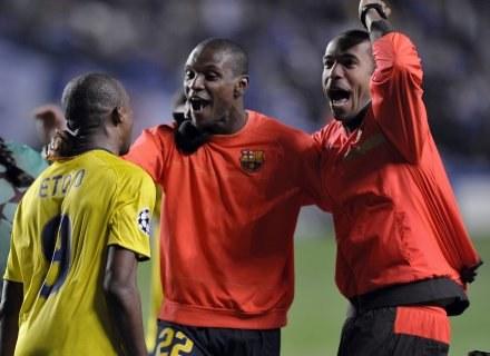 Tak Thierry Henry (pierwszy z prawej) cieszył się z awansu do finału LM /AFP