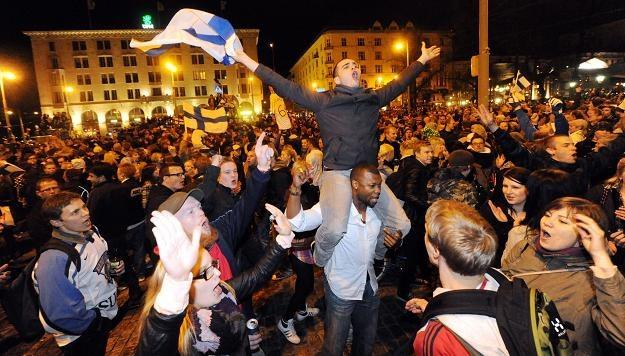 Tak w Finlandii cieszono się po finale /AFP