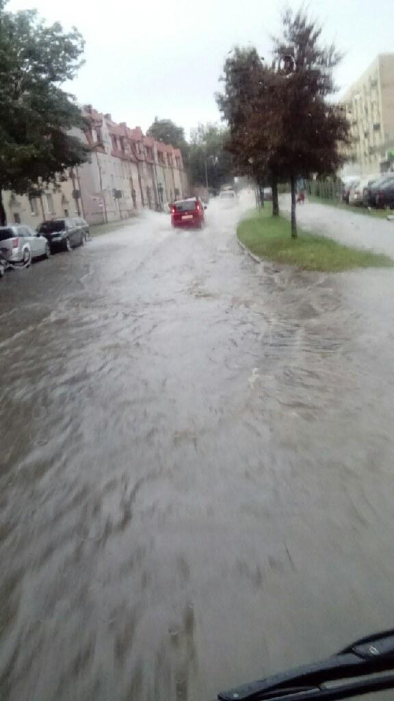 Tak wygląda większość ulic w Słupsku /Gorąca Linia RMF FM