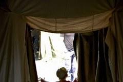 Tak wygląda życie w obozie dla uchodźców z ostrzeliwanego Ługańska