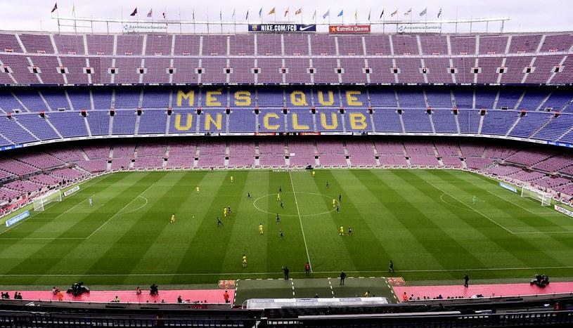 Tak wyglądało Cam Nou w niedzielne popołudnie /AFP