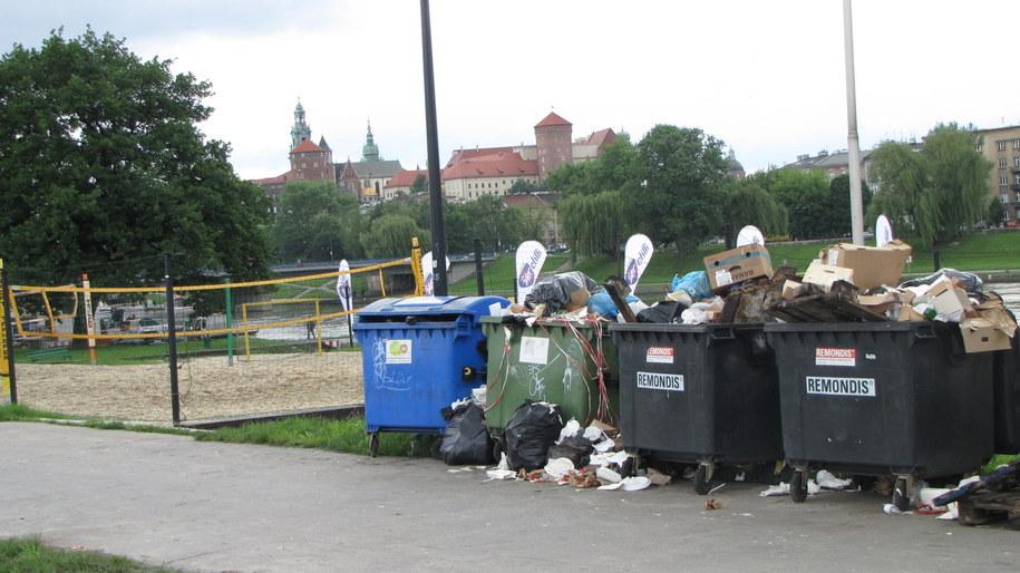 Taki widok odstrasza turystów i samych mieszkańców Krakowa /Przemysław Błaszczyk /RMF MAXXX