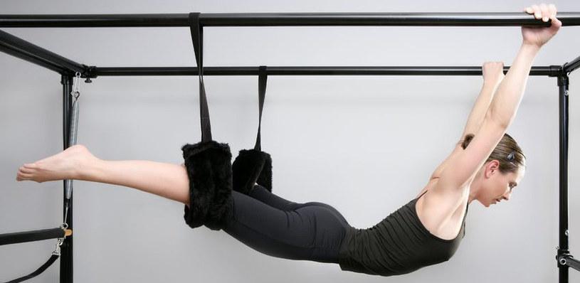 Takie ćwiczenia wymagają dużo siły, ale dają też wielką satysfakcję /©123RF/PICSEL