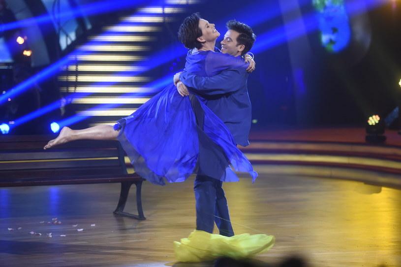 Taniec współczesny w wykonaniu Małgorzaty Pieńkowskiej i Stefano Terrazzino spodobał się widzom /Jacek Baranowski /AKPA