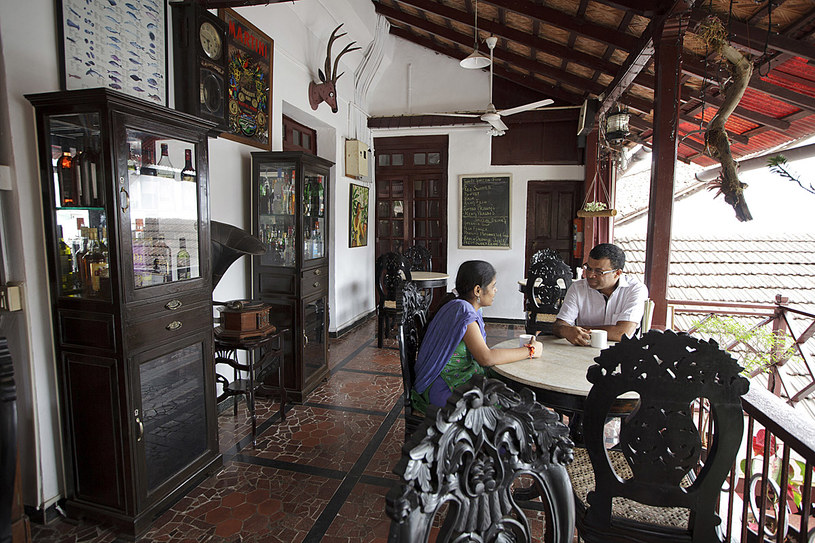 Taras hotelu Panjim Inn /fot. Kuni Takahashi /The New York Times Syndicate