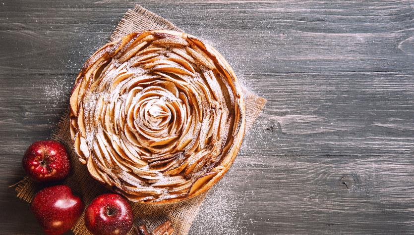 Tarta migdałowa z jabłkami