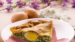 Tarta szpinakowo-serowa z jajkiem