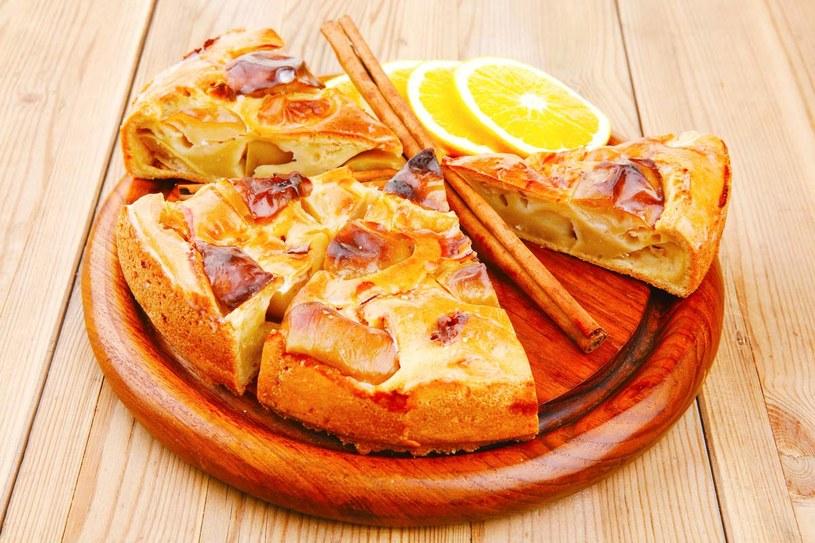 Tarta z pomarańczami /©123RF/PICSEL
