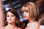 """Taylor Swift jest """"przerażona"""" teledyskiem """"Famous"""" Kanye Westa"""