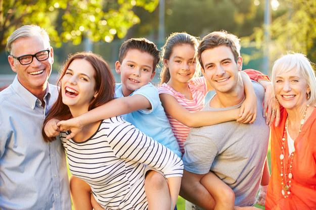 Te zmiany ułatwią opiekę nad dziećmi /123/RF PICSEL