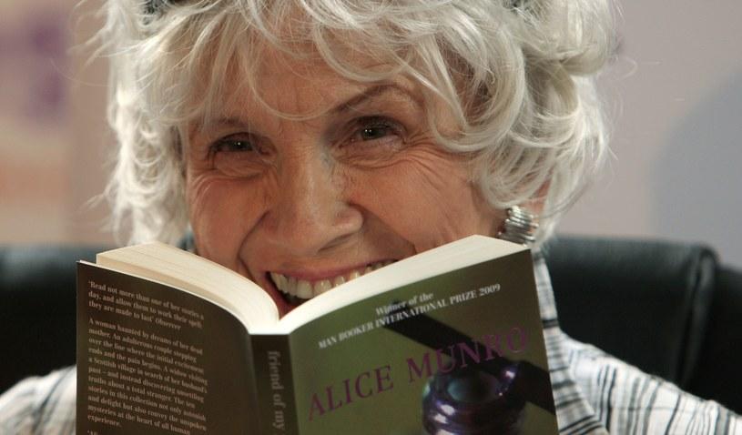 Tegoroczną laureatką Nagrody Nobla w dziedzinie literatury została Alice Ann Munro. /AFP